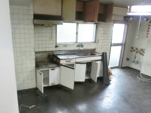 kitchen BEFORE②